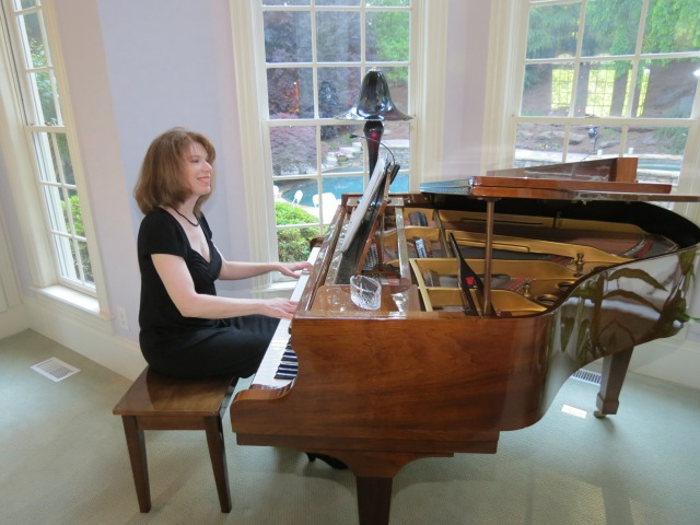Atlanta Pianist Jennifer Blaske playing ceremony and cocktail hour music for engagement party and surprise wedding