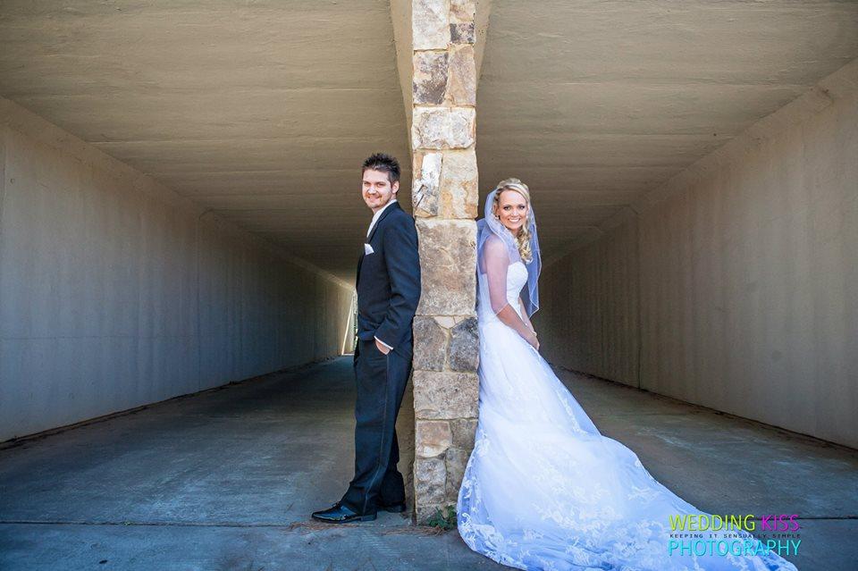 Bride and Groom at Lake Lanier Islands  outdoor wedding