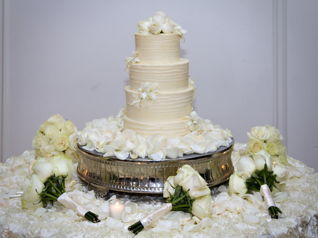 Atlanta wedding cake at Wimbish House wedding