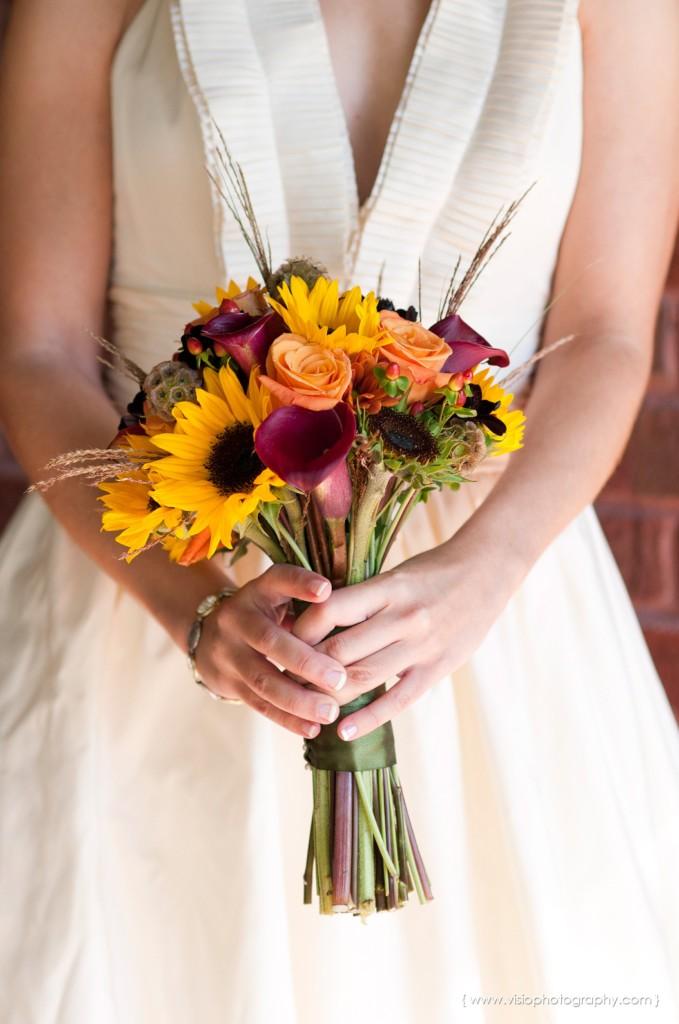 Fall bridal bouquet for outdoor Alpharetta wedding