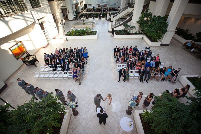 Wedding picture Chateau Elan Winery and Resort atrium