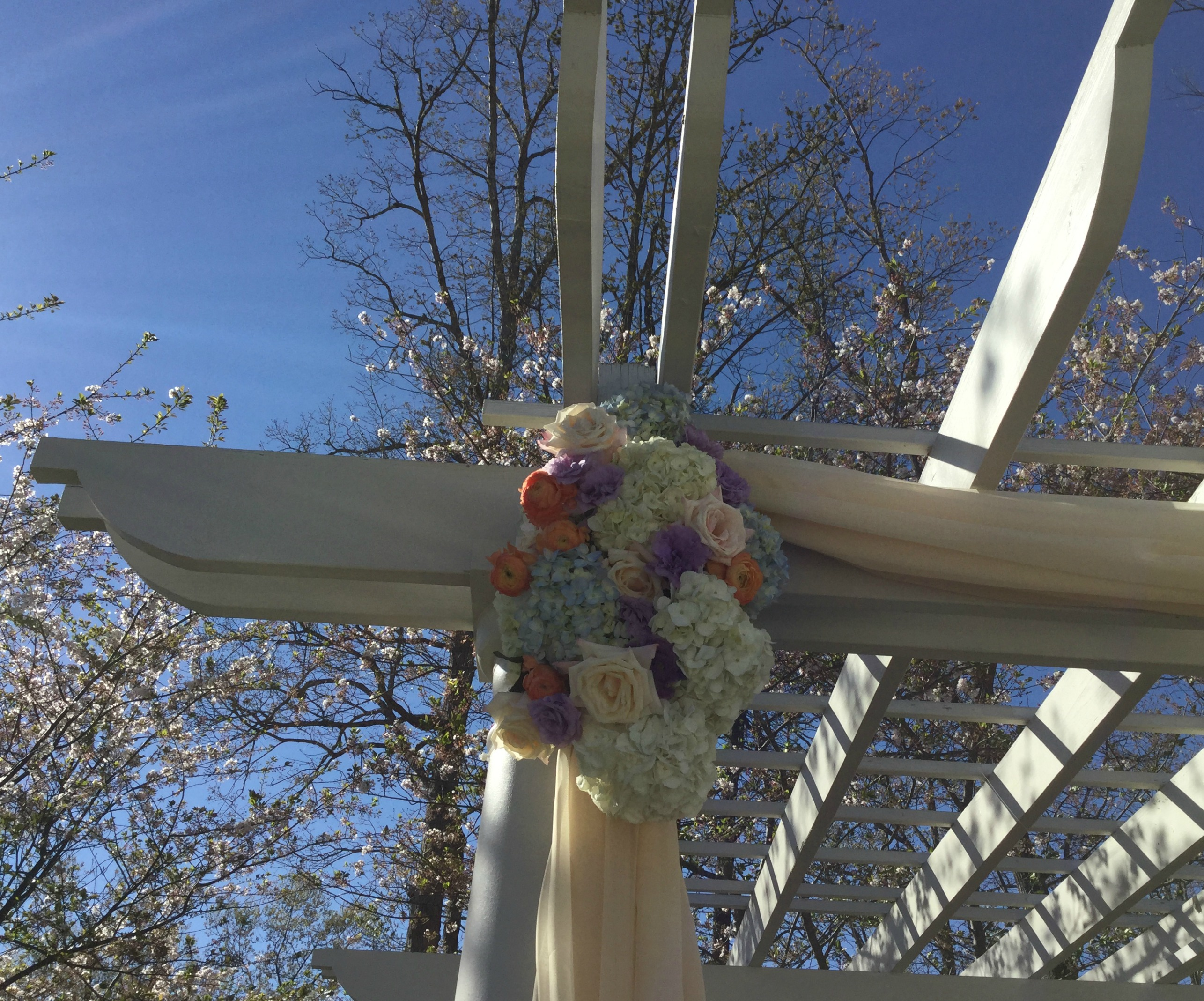 Outdoor Wedding Ceremony at Chattahoochee Country Club