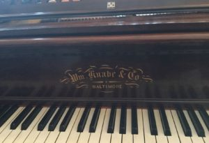 Atlanta Piano from 1891 for party